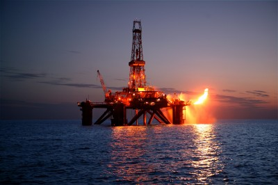Gas-Rig-Flaring